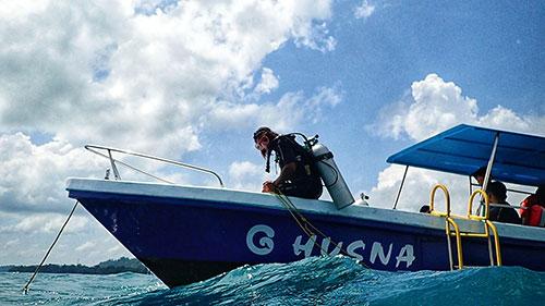 Boat Dive in Havelock Islands, Andaman | PADI Scuba Dive Resort| Best Scuba Diving in Havelock