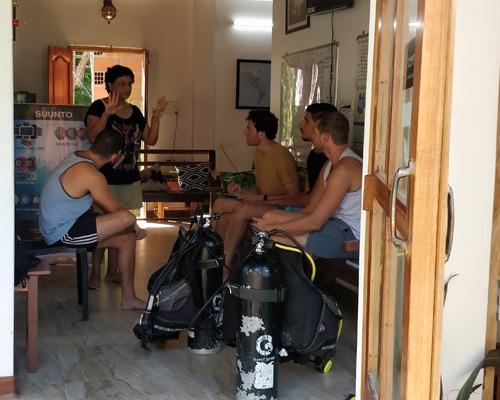 Scuba Diver course in Havelock Islands, Andaman     PADI certification courses   Learn Scuba Diving